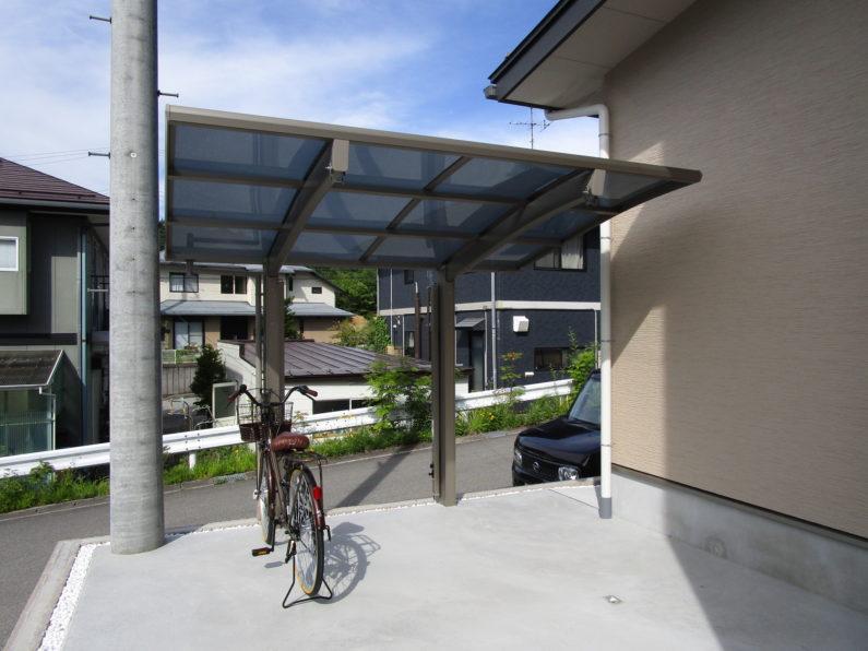 高山市:自転車置場