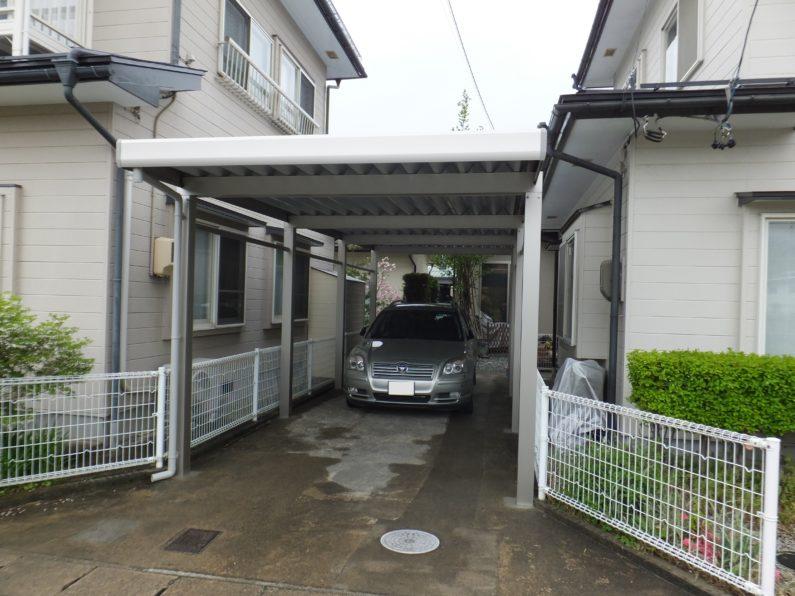 高山市:カーポート(アルミ折板 縦連棟2台用 屋根異形加工)