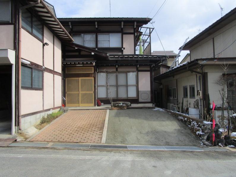 高山市:お庭を駐車場に改装